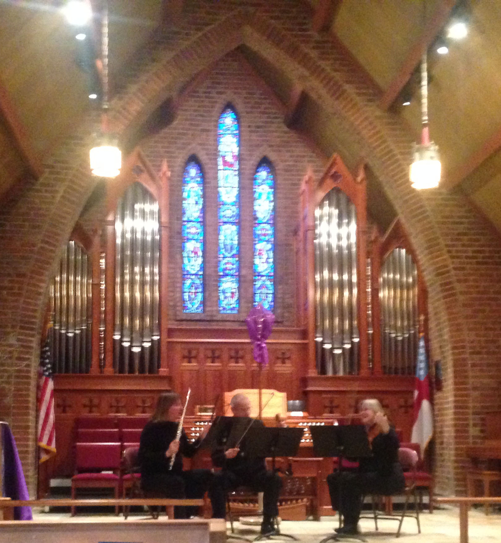<i>Podcast: What's Up Bainbridge:</i> <br>Intimate Music Series returns Jan 6th to St Barnabas Church
