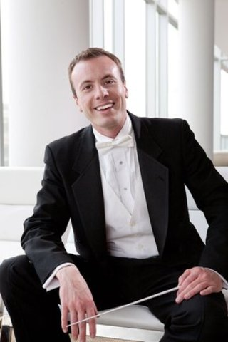 <i>Podcast: What's Up Bainbridge:</i> <br>Conductor Wes Schulz opens his 5th Bainbridge Symphony season at BPA