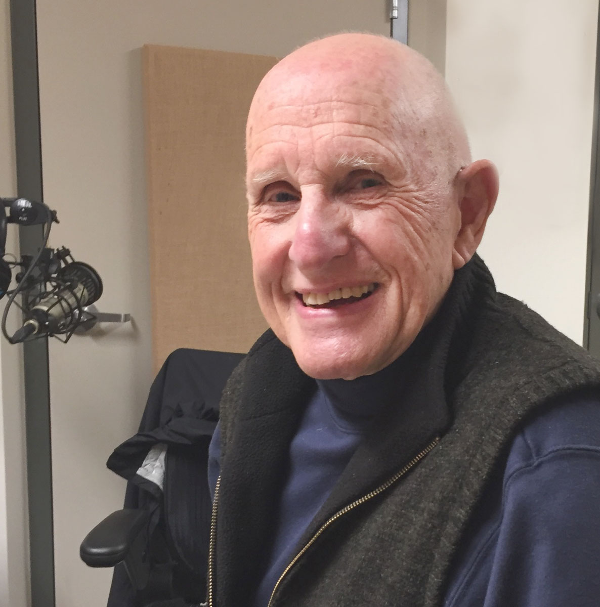 <i>Podcast: Arts and Artists on Bainbridge: </i><br>Artist John Wiens to show at Library this June